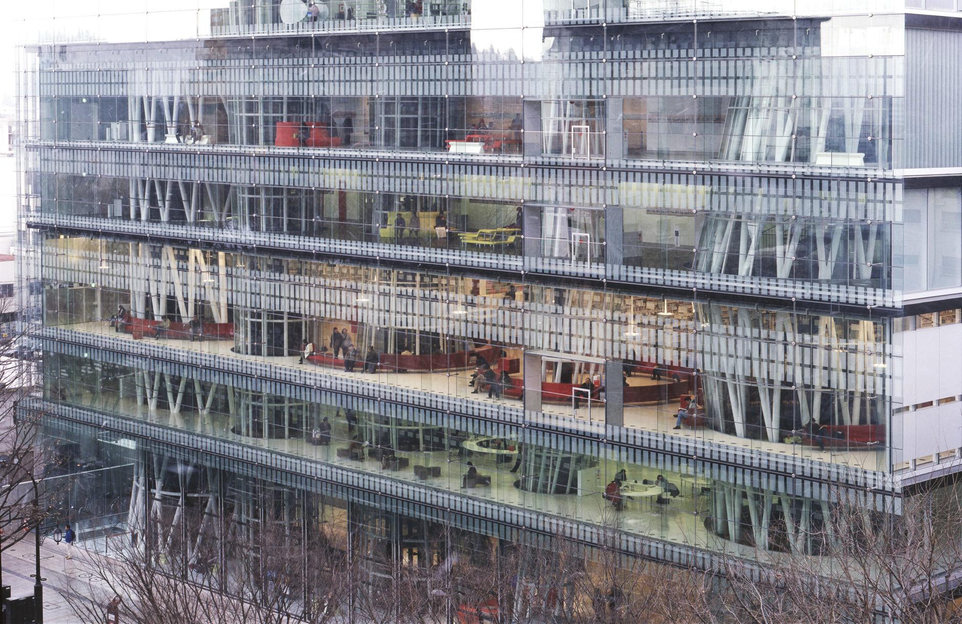 Toyo Ito & Associates Architects, Sendai Mediatheque, 1995-2000, Sendai-shi, Miyagi, Japan. Photo: Tomio Ohashi.