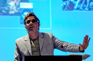 François Roche, speaking at Speculative Materialism in Architecture, Rovinj, in 2011. © MLAUS.