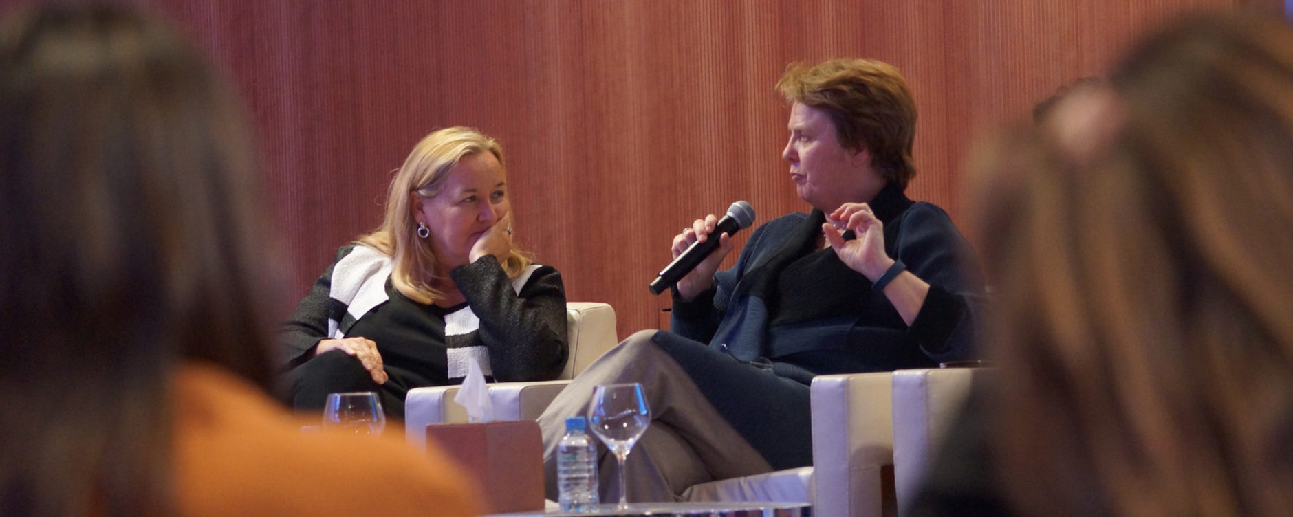 Professor Dr. Julia Lane (right), and Professor Dr. Patricia McCarney (Director, Global Cities Institute), panel discussion, Urban Data and Urban Indicators for Sustainability, Sustainable Urbanism - New Directions Workshop, 21 March 2016. © Qatar University.